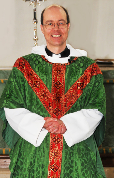 Revd Derwyn Williams